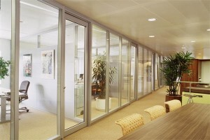 客厅玻璃活动屏风